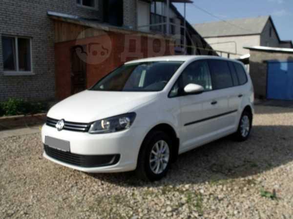 Volkswagen Touran, 2011 год, 620 000 руб.