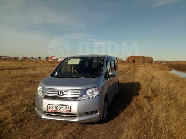 Honda Stepwgn, 2010 год, 800 000 руб.
