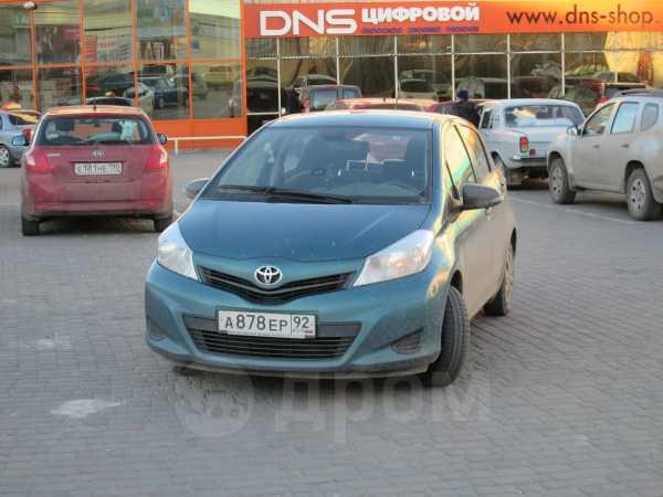 Toyota Yaris, 2012 год, 410 000 руб.