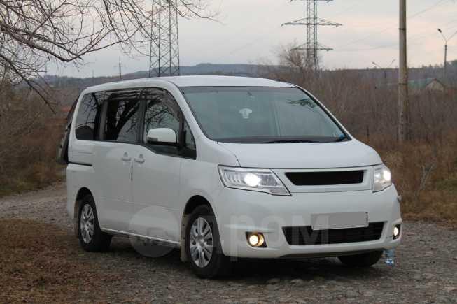 Nissan Serena, 2009 год, 710 000 руб.