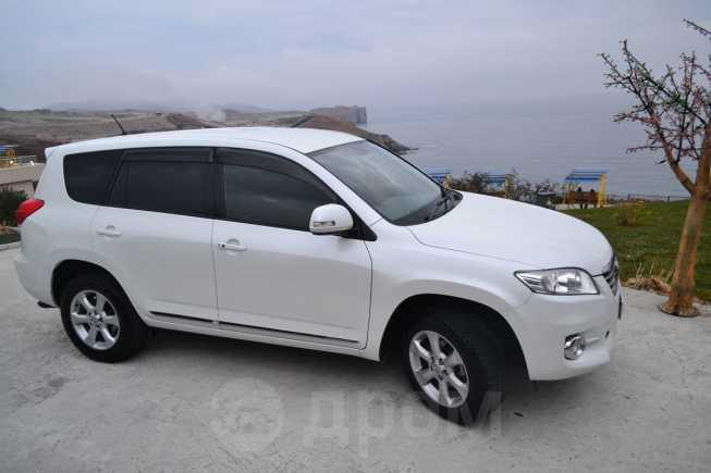 Toyota Vanguard, 2011 год, 1 330 000 руб.