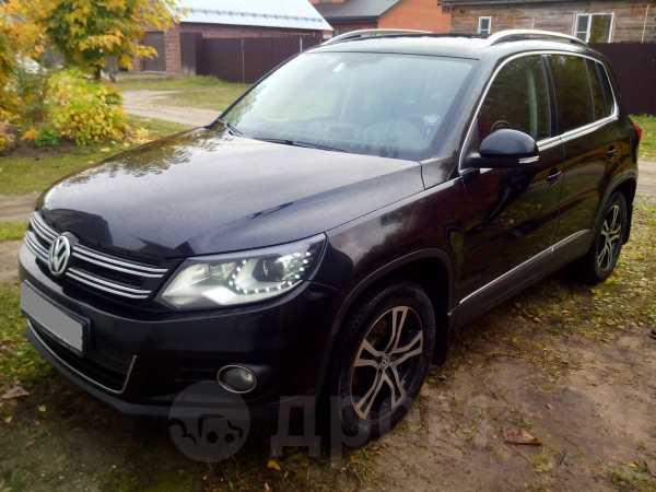 Volkswagen Tiguan, 2013 год, 835 000 руб.