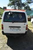 Toyota Hiace, 2002 год, 430 000 руб.