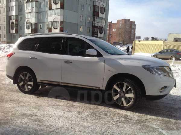Nissan Pathfinder, 2014 год, 1 370 000 руб.