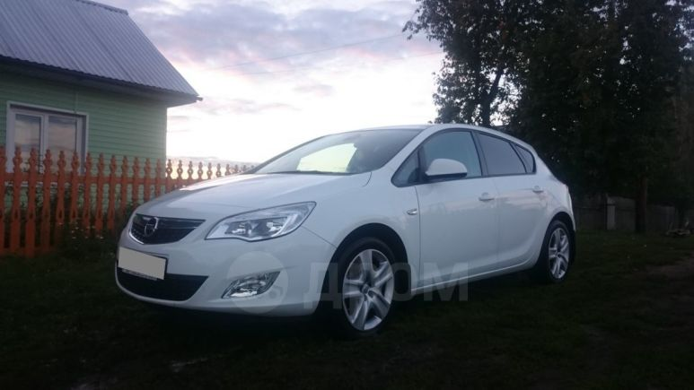 Opel Astra, 2011 год, 470 000 руб.