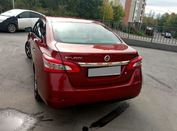 nissan sylphy 2012 год