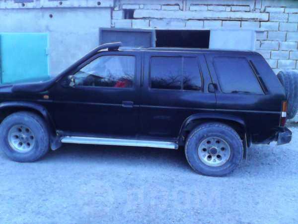 Nissan Terrano, 1992 год, 155 000 руб.