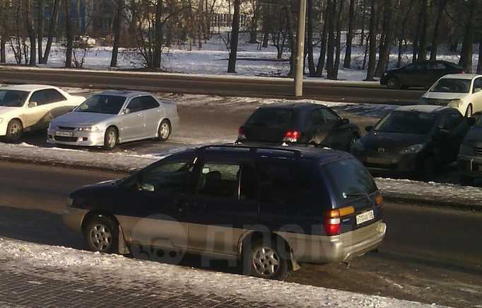 Nissan Prairie Joy, 1996 год, 170 000 руб.
