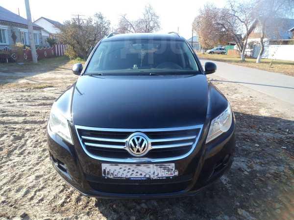 Volkswagen Tiguan, 2008 год, 500 000 руб.