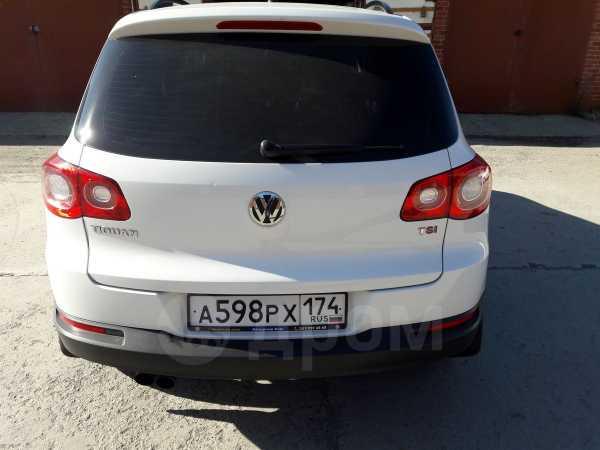 Volkswagen Tiguan, 2010 год, 570 000 руб.