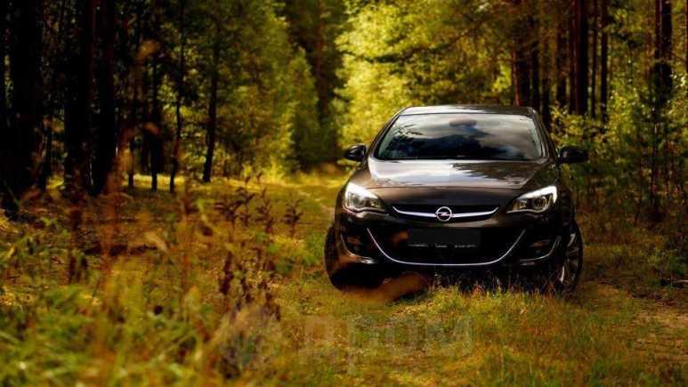 Opel Astra, 2012 год, 615 000 руб.