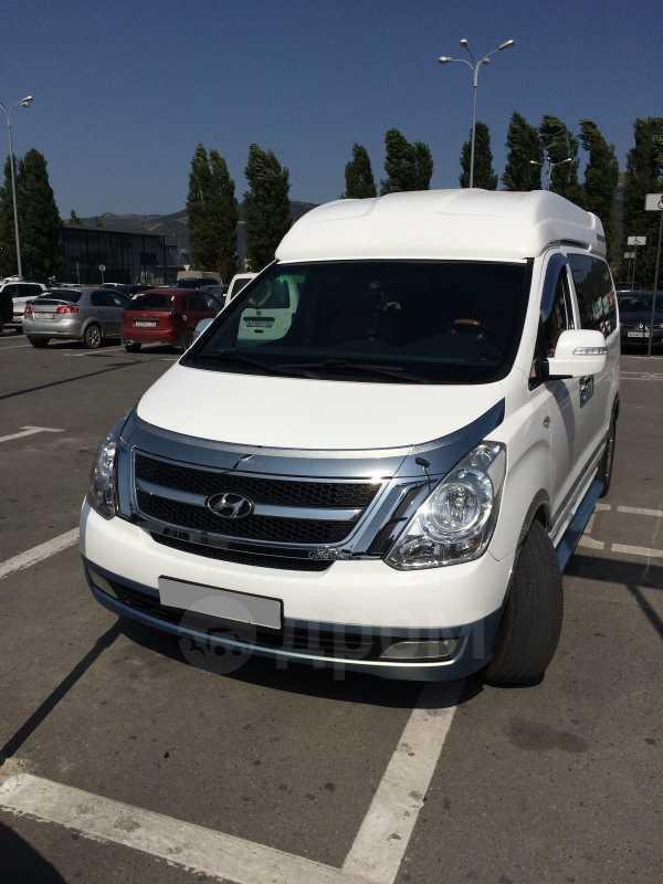 Hyundai Grand Starex, 2011 год, 1 380 000 руб.