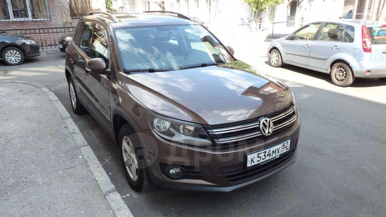 Volkswagen Tiguan, 2014 год, 850 000 руб.