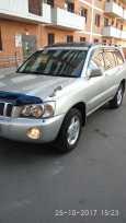 Toyota Kluger V, 2002 год, 625 000 руб.