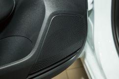 Дополнительное оборудование аудиосистемы: Аудиосистема, 6 динамиков, USB, AUX