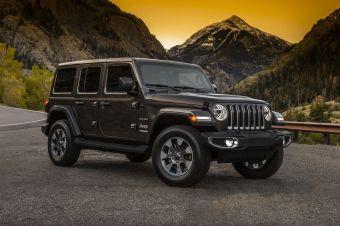 Jeep показал первые официальные фотографии нового Wrangler.