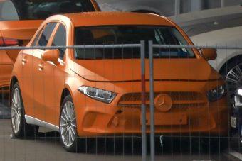 Новый A-Class построен на модернизированной платформе Mercedes MFA.