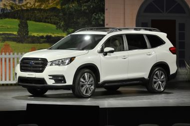 Subaru Ascent: новый внедорожник с тремя рядами сидений