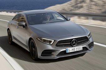 Салон нового Mercedes-Benz CLS впервые в истории модели рассчитан на 5 человек.