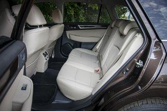Volvo V90 T6 против Mercedes Benz E220d и Subaru Outback 36