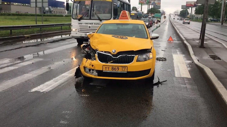 юной могиленец фото разбитых машин таксистов решили