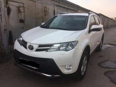 Toyota RAV4 2013 - отзыв владельца