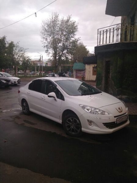 Peugeot 408 2014 - отзыв владельца