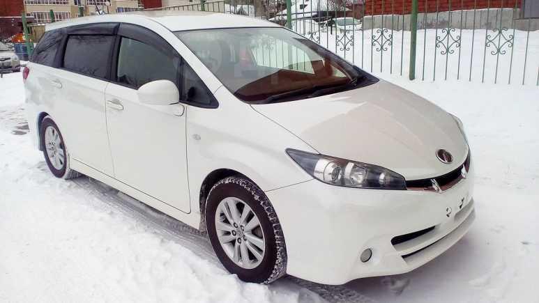 Toyota Wish, 2011 год, 825 000 руб.