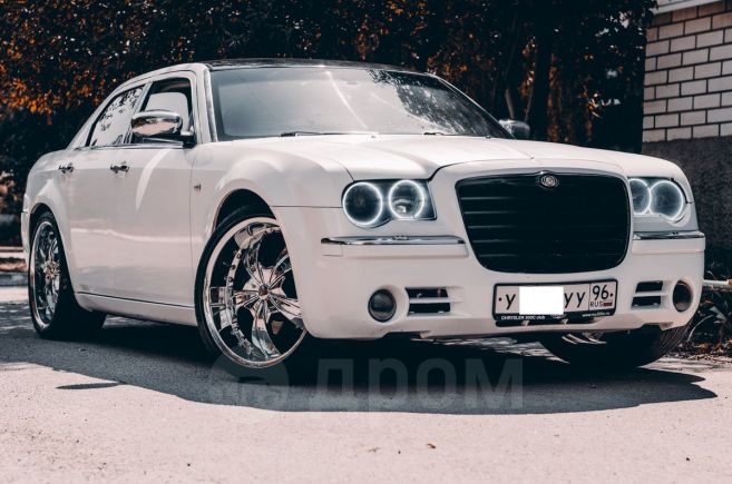 Chrysler 300C, 2006 год, 549 000 руб.