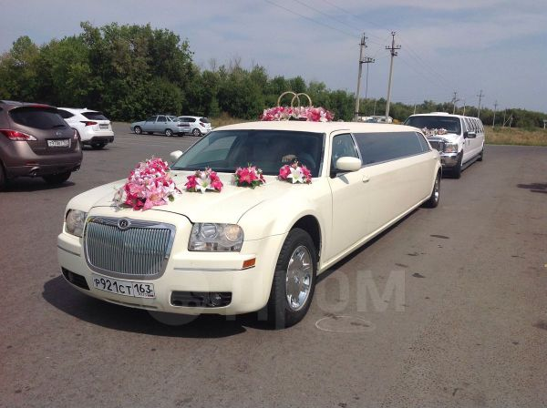 Chrysler 300C, 2004 год, 750 000 руб.