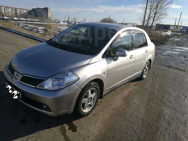Nissan Tiida Latio, 2004 год, 260 000 руб.