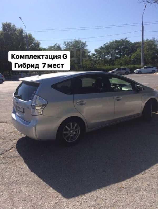 Toyota Prius a, 2011 год, 950 000 руб.