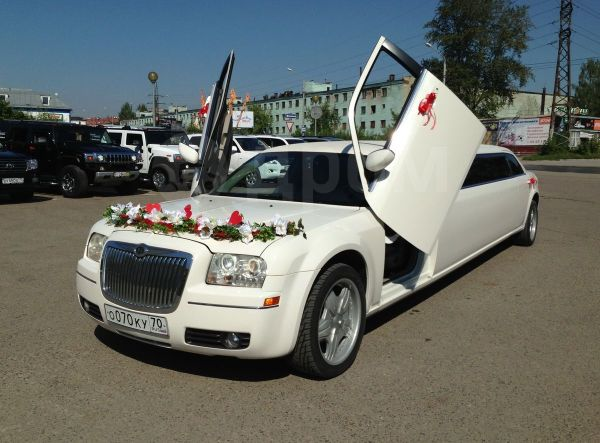 Chrysler 300C, 2007 год, 880 000 руб.