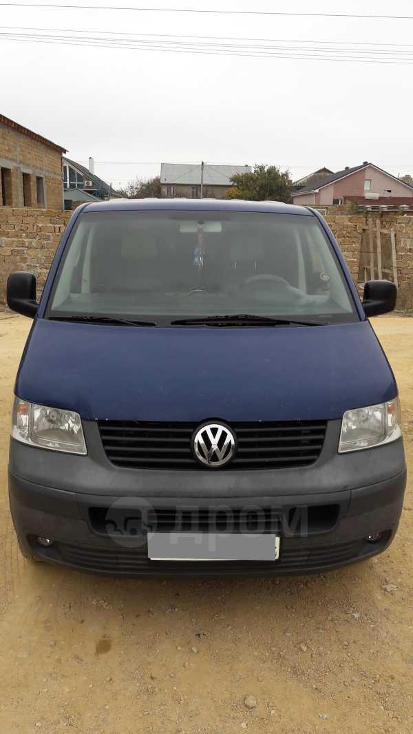 Volkswagen Transporter, 2004 год, 590 000 руб.