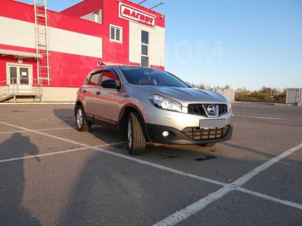 Nissan Qashqai, 2010 год, 600 000 руб.