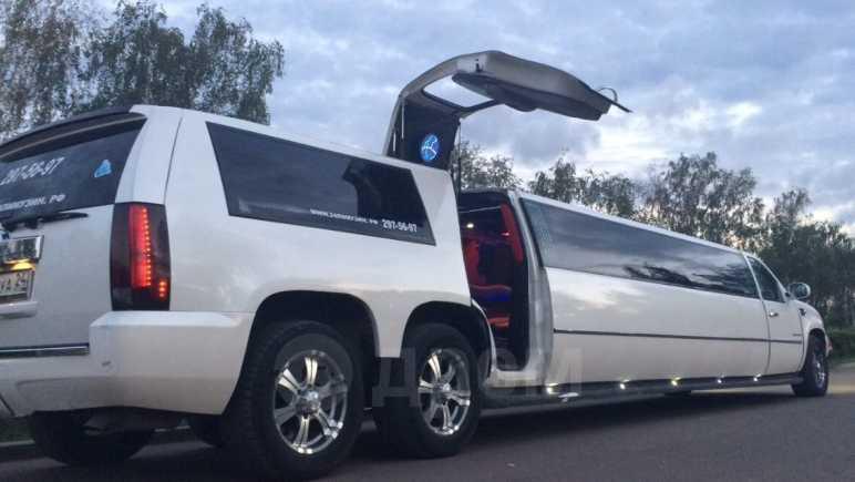 Cadillac Escalade, 2011 год, 800 000 руб.