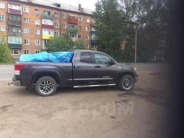 Toyota Tundra, 2011 год, 2 100 000 руб.
