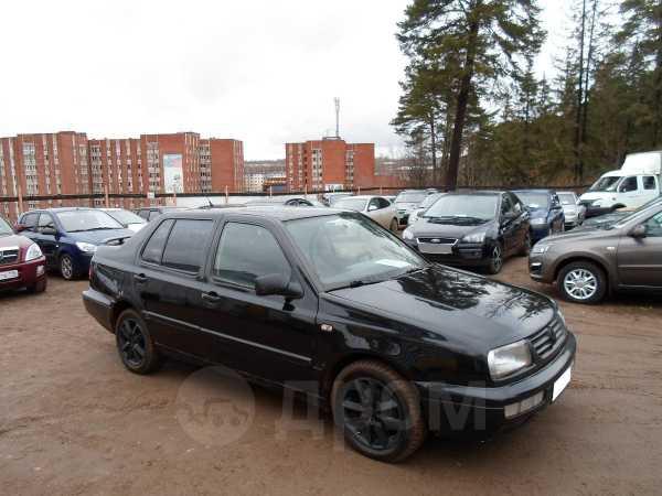 Volkswagen Vento, 1997 год, 98 000 руб.