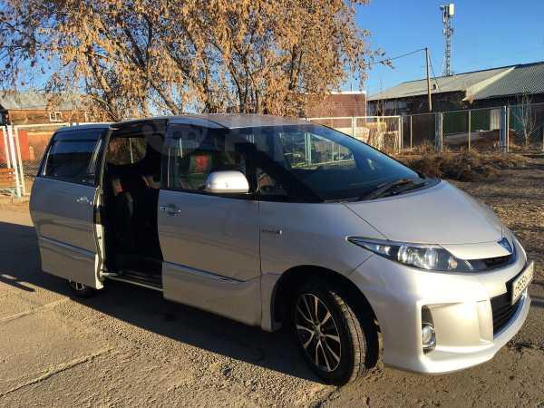 Toyota Estima, 2013 год, 1 250 000 руб.