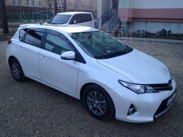 Toyota Auris, 2012 год, 750 000 руб.