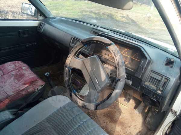 Mazda Familia, 1989 год, 45 000 руб.