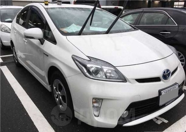 Toyota Prius, 2014 год, 705 000 руб.
