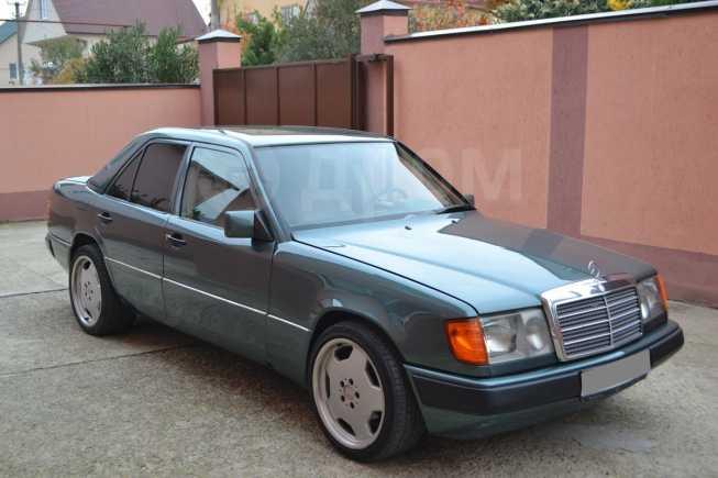 Mercedes-Benz E-Class, 1987 год, 250 000 руб.