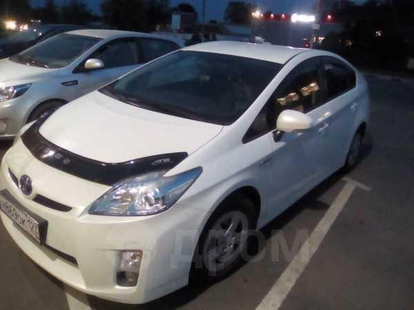 Toyota Prius, 2011 год, 820 000 руб.