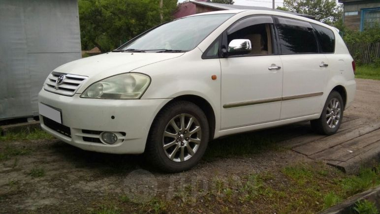 Toyota Ipsum, 2002 год, 370 000 руб.