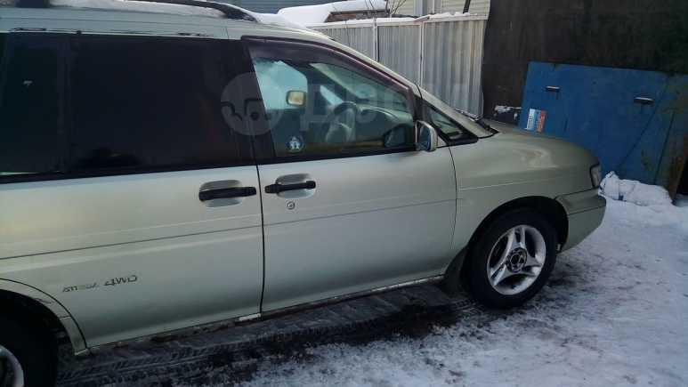 Nissan Prairie Joy, 1995 год, 120 000 руб.