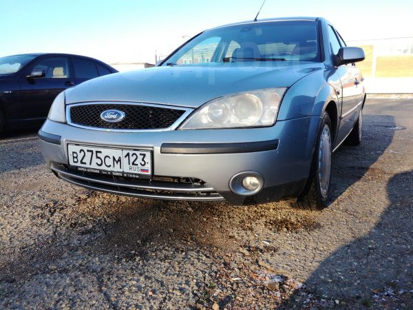 Ford Mondeo, 2004 год, 225 000 руб.