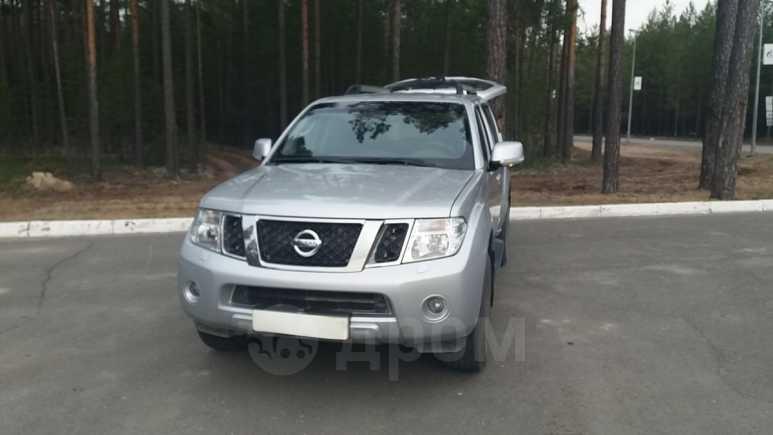 Nissan Pathfinder, 2012 год, 1 350 000 руб.