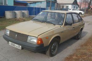 Необычные объявления на Дроме: почти новый «Москвич-2141». Недорого!