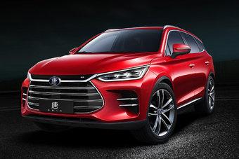 Производство и продажи нового BYD Tang стартуют весной-летом 2018 года.